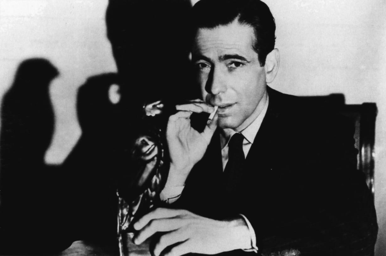 Humphrey Bogart en El halcón maltés