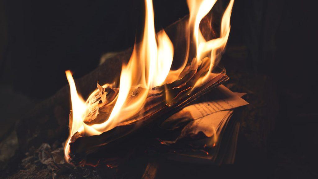 Reseña de Fahrenheit 451, cabecera